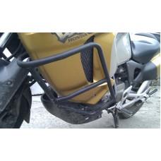 Защитные дуги XL1000 Varadero (карб)